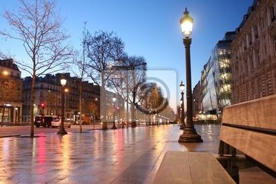 Paris Champs Elysee Straße in den Abend