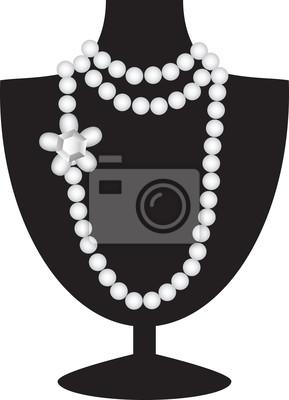 Perlenkette auf schwarz Schaufensterpuppe