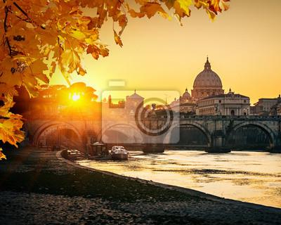 Petersdom bei Sonnenuntergang, Rom