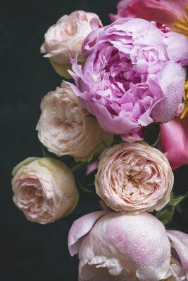 Pfingstrosen Und Bombastische Rosen Blumenstrauss Schabiger Schicker