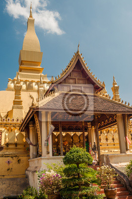 Pha That Luang in Vientiane Stadt