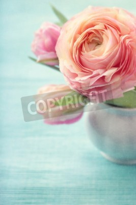 Poster Pink flowers in a vase