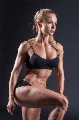 Poster Porträt einer schönen Mädchen im Studio Sportler