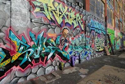 Poster Queens, New York - 7. Oktober 2010: Fünf Pointz, als ein Graffiti-Mekka in Queens, New York City, ist ein outdoor Ausstellungsfläche mit zahlreichen Graffiti-Künstler.