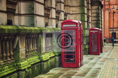 Rote Telefonzellen in Birmingham, UK