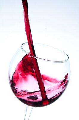 Poster Rotwein Gießen in Glas Wein