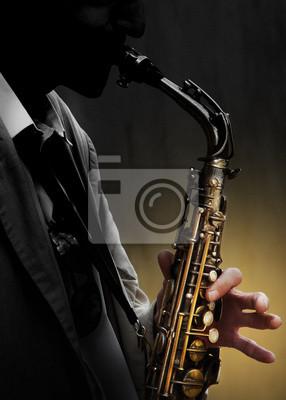 Saxophone im Schatten