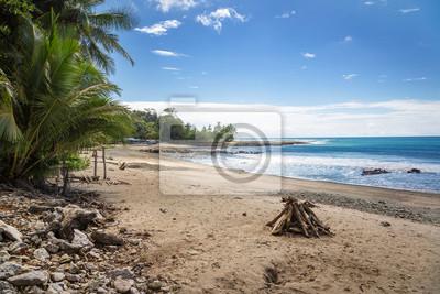Schöne blaue Meer an einem sonnigen Tag in Costa Rica nördlichen Stränden, Zentralamerika
