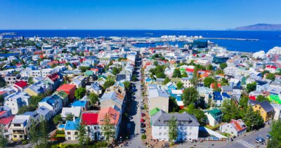 Poster Schöne Super-Weitwinkel Luftaufnahme von Reykjavik, Island