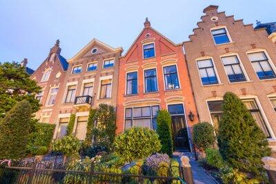 Schönen Gebäuden von Alkmaar bei Sonnenuntergang, Niederlande
