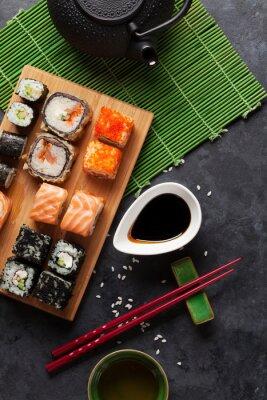 Poster Set von Sushi und Maki Roll und grünem Tee