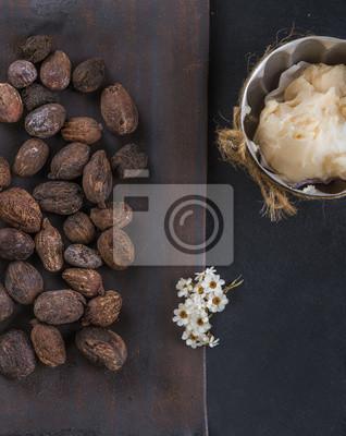 Shea-Butter und Shea-Nüsse