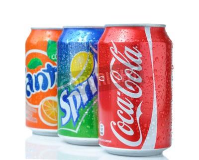 Poster Sofia, Bulgarien - 27. April 2013: Coca-Cola, Fanta und Sprite-Dosen, isoliert auf weiss. Die drei Getränken durch die Coca-Cola Company hergestellt