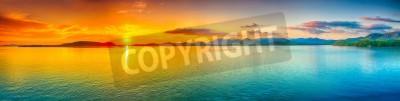 Poster Sonnenaufgang über dem Meer. Panorama