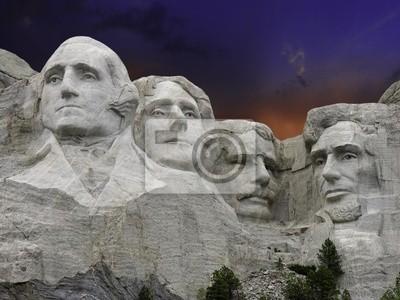 Sonnenuntergang über Mount Rushmore, USA
