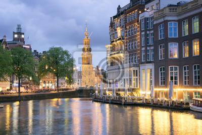 Sonnenuntergangansicht von Munttoren in Amsterdam