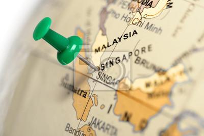 Standort Singapur. Auf der Karte grün Pin.