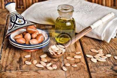 Stillleben mit Obst und Argan-Öl