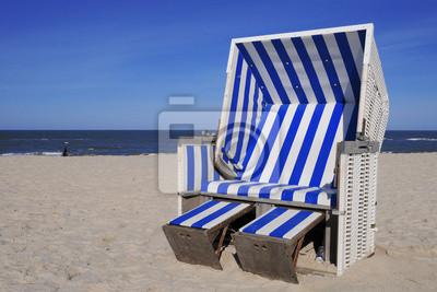 Strandkorb nordsee  Strandkorb nordsee ostsee meer strang blau wandposter • poster sylt ...