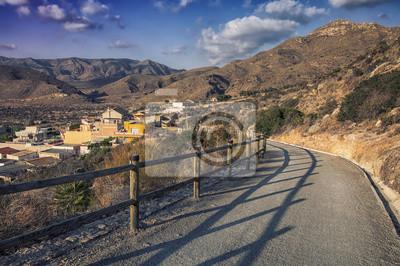 Straße durch die Berge in der Provinz Murcia, Spanien