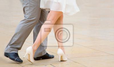 Tango tanzen . Straße Tänzer tanzen Tango