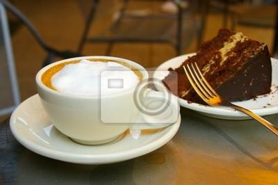 Tasse Kaffee und Schokolade Kuchen