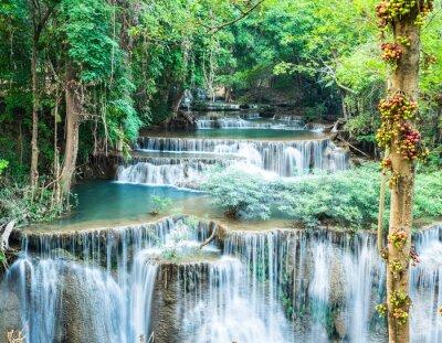 Poster Tiefer Wald Wasserfall am Huay Mae Kamin, Kanchanaburi, Thailand