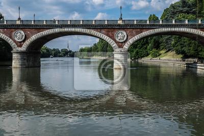 Torino sotto il ponte