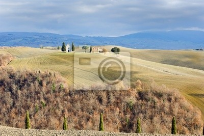 Toskanische Landschaft im Winter, Val d'Orcia (Italien).