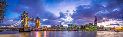 Poster Tower Bridge  panorama at blue hour