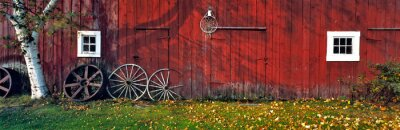 Poster USA, New Hampshire, Franconia Notch. Autumn color enhances the deep red siding of an old barn near Franconia Notch, New Hampshire.