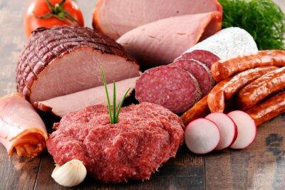Poster Verschiedene Fleischerzeugnisse einschließlich Schinken und Würste