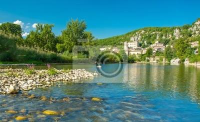 Vogüé en Ardèche plus beau village de France