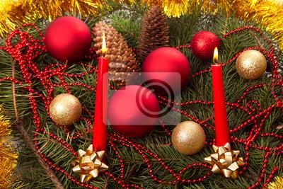 Weihnachten immer noch das Leben von Kugeln und Tannen