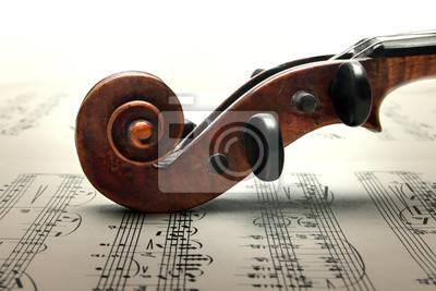Wirbelkasten und Schnecke Geige auf sheed Musik.