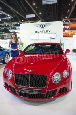 Poster BANGKOK - 28. November: Bentley Continental GT Speed auf dem Display auf der 30. Thailand International Motor Expo 2013 in Bangkok, Thailand.