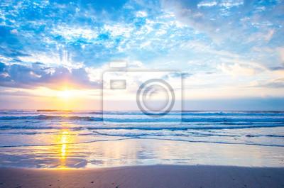 Poster Meer des Morgens glühen (朝焼け の 砂浜)