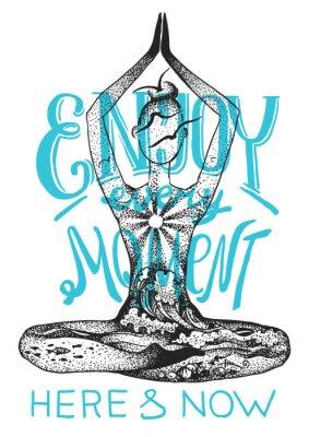 Poster Yoga-Meditationshaltung. Gezeichnete Illustration des grafischen Vektors Hand