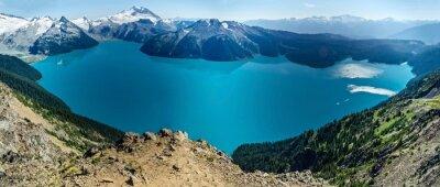 Sticker Alpine Lake und Schneebedeckten Bergen