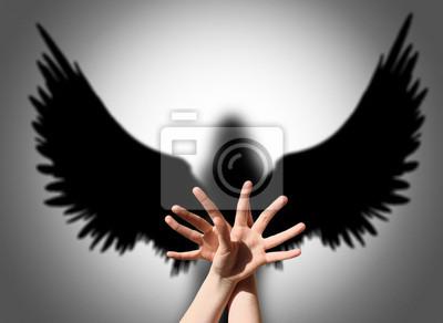 Angel, Hand Schatten wie Flügel der Finsternis
