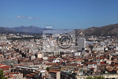 Ansicht von Marseille auf dem Hintergrund des Hügels, Frankreich