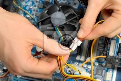 Sticker Arbeiten an der Computer-Hardware