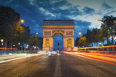 Sticker Arc de Triomphe. Image of the iconic Arc de Triomphe in Paris city during twilight blue hour.