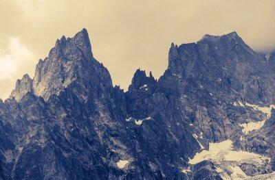 Sticker Bewölkt Alp Berge