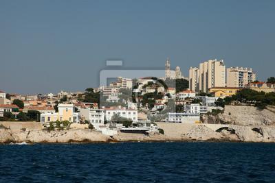 Blick auf Notre Dame de la Garde Kirche, Marseille und von einem Boot