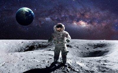 Sticker Brave Astronaut auf dem Weltraumspaziergang auf dem Mond. Diese Bildelemente von der NASA.