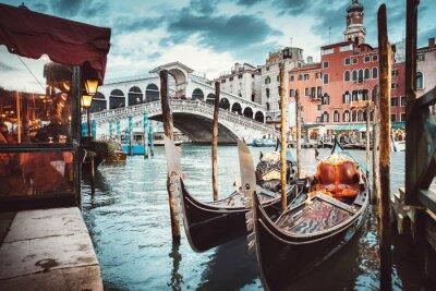 Sticker Classical view of the Rialto Bridge - Venice