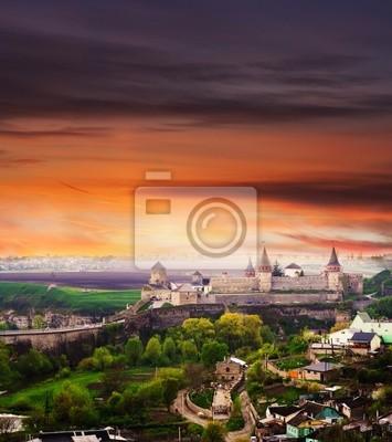 Dramatischer Blick auf das Schloss in Kamenez-Podolsk