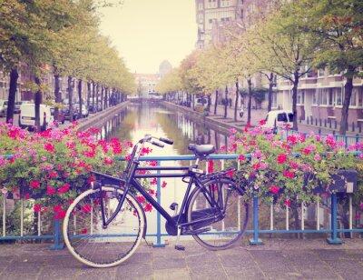 Sticker Fahrrad auf einer Brücke
