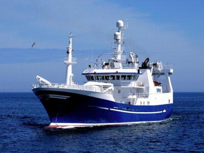 Sticker Fischereifahrzeug P1, Fischereifahrzeug unterwegs zu hafen, um Fische zu landen.